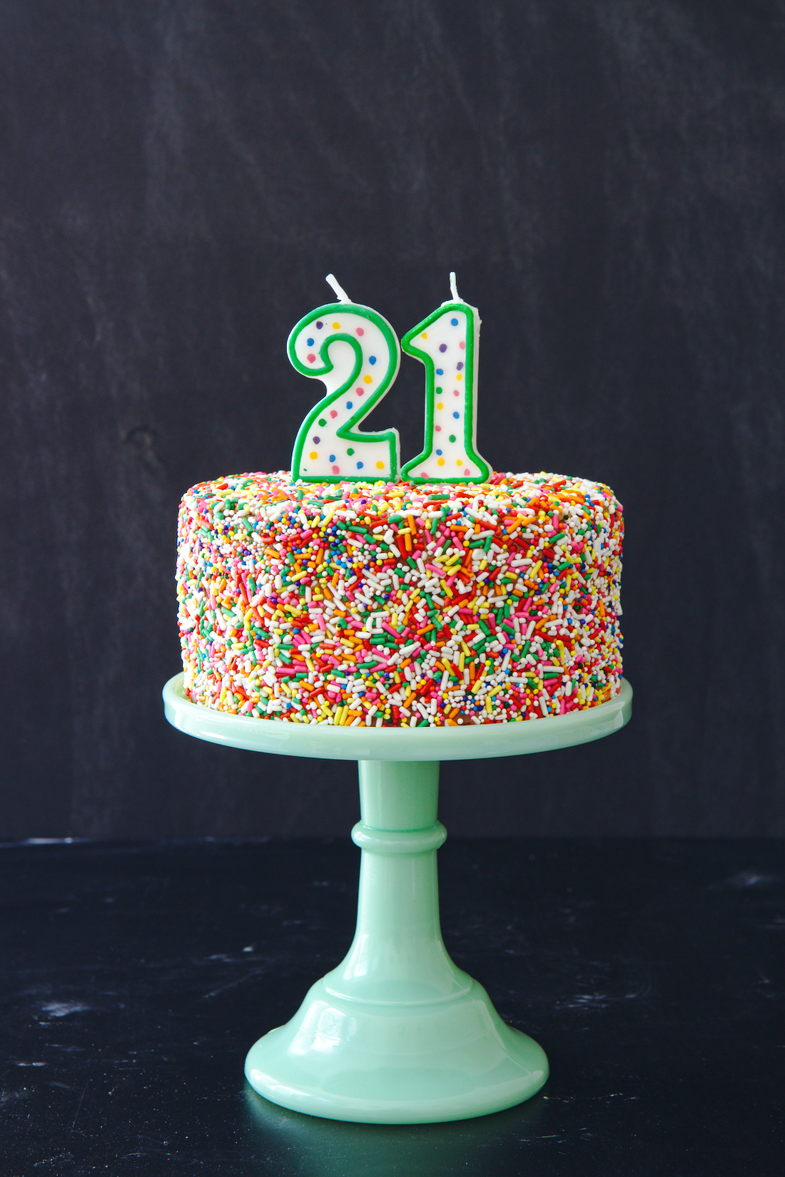 Funfetti cake with chocolate caramel buttercream | La Pêche Fraîche