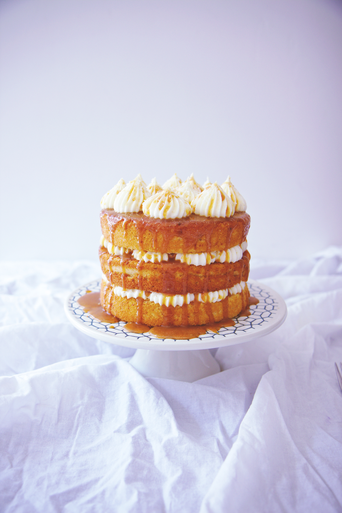 Cream Cheese and Salted Caramel Cake | La Pêche Fraîche