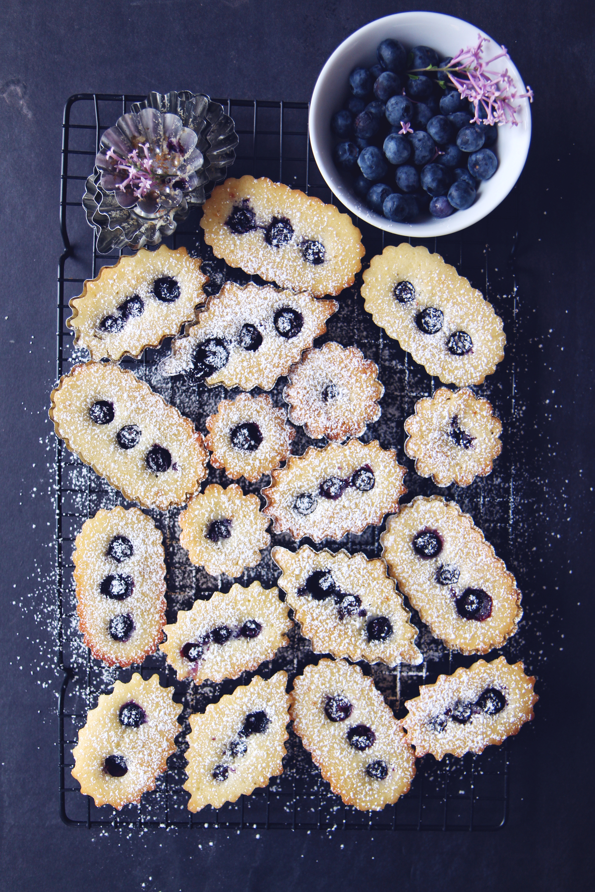 Lemon Blueberry Pound Cakes | La Pêche Fraîche