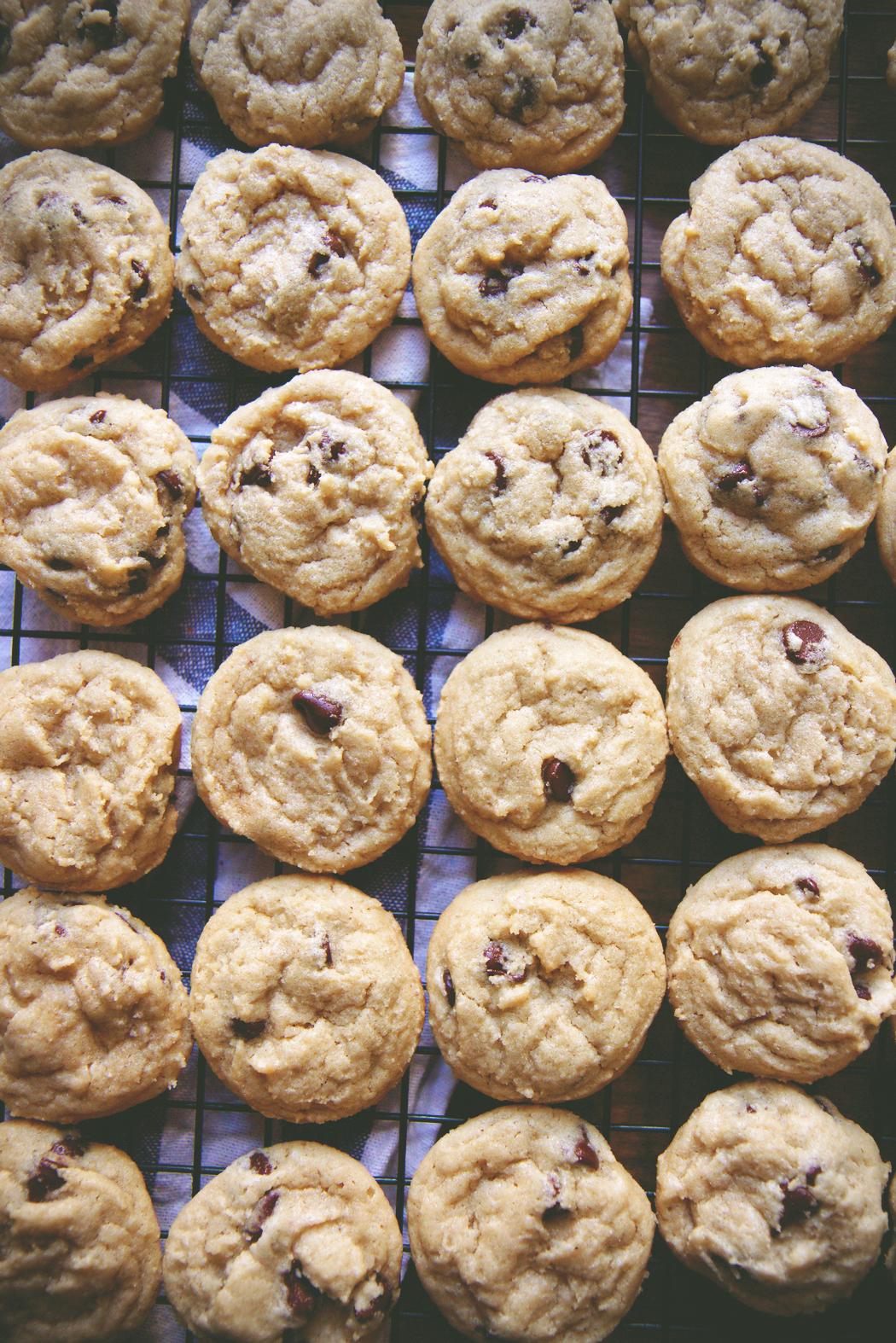 Dairy Free Chocolate Chip Cookies | La Pêche Fraîche