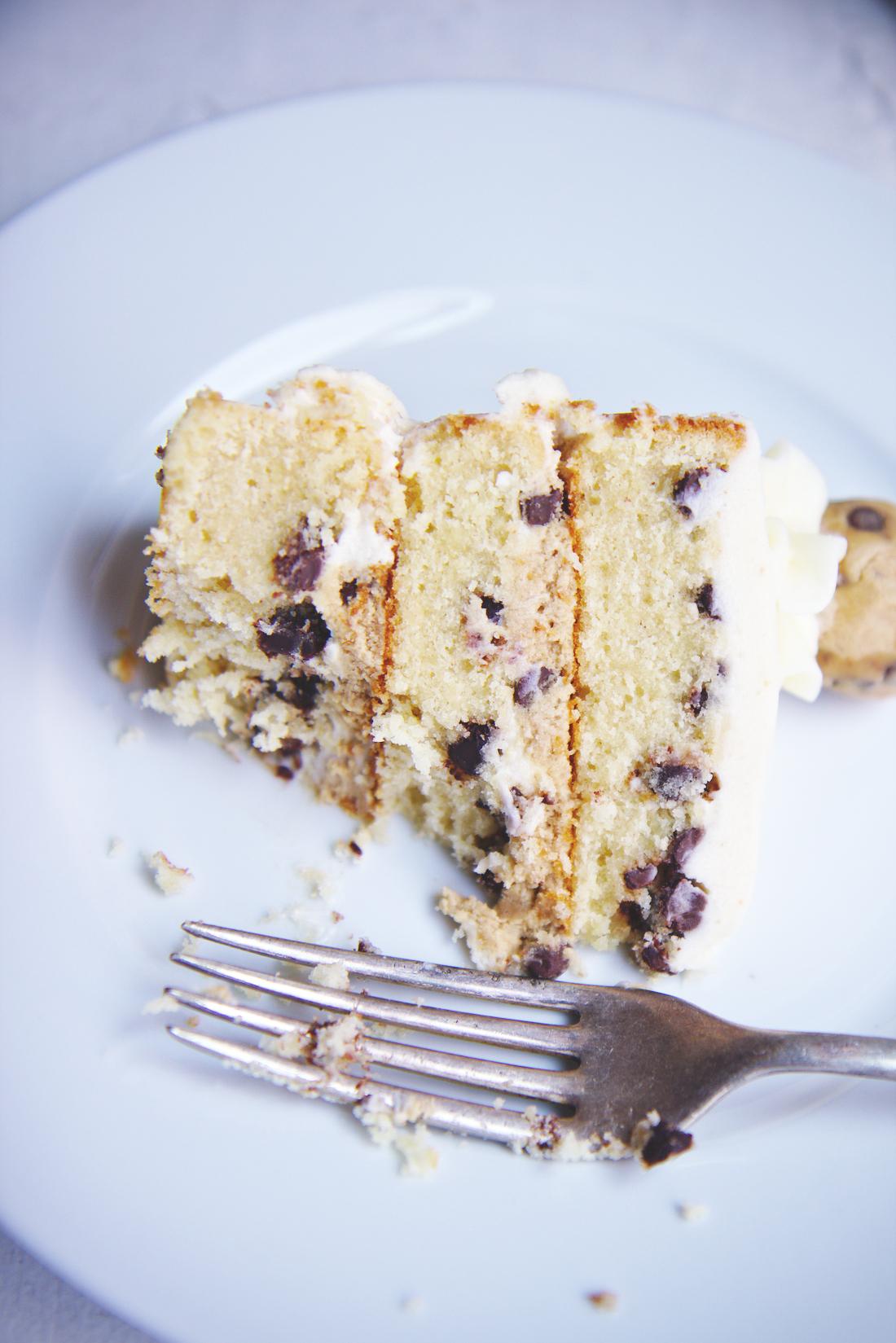 Cookie Dough Cake | La Pêche Fraîche