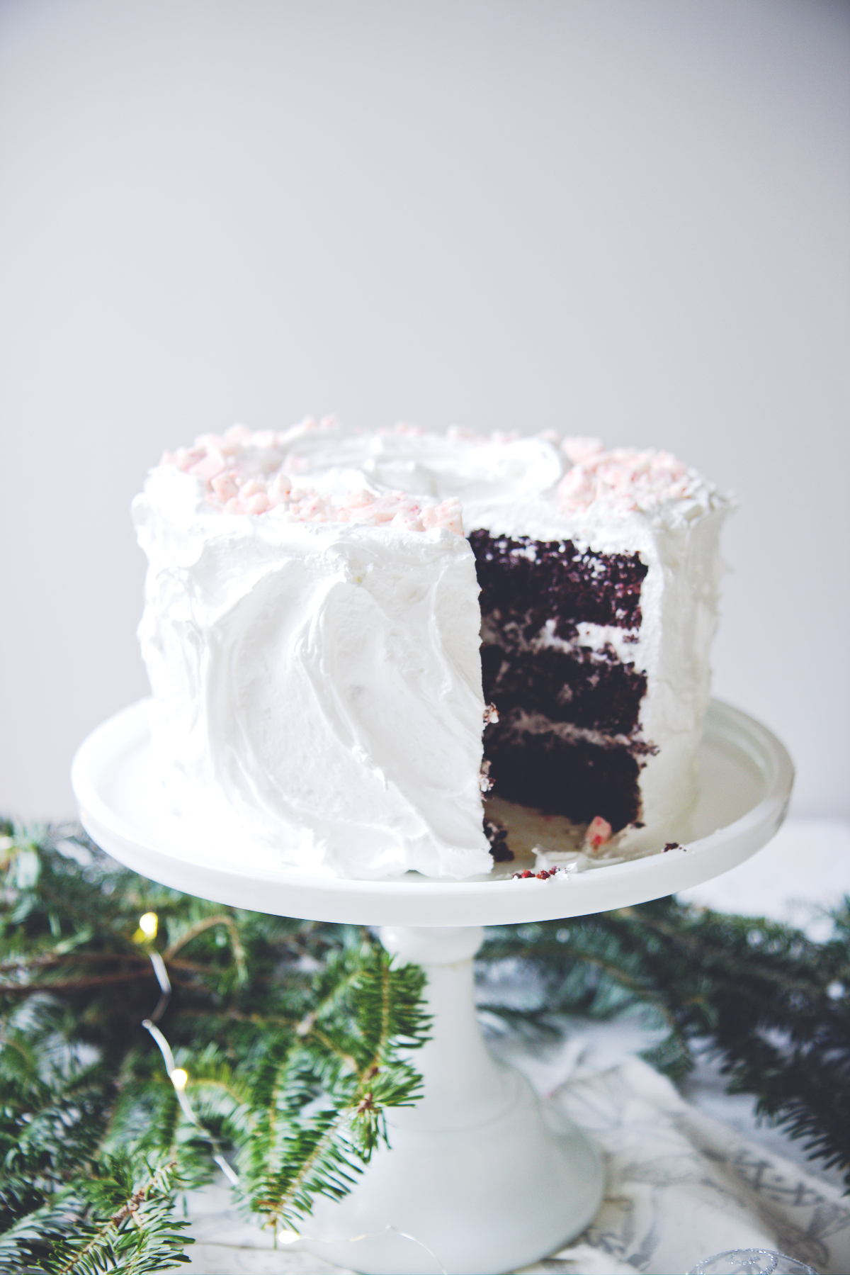 Chocolate Peppermint Cloud Cake | La Pêche Fraîche