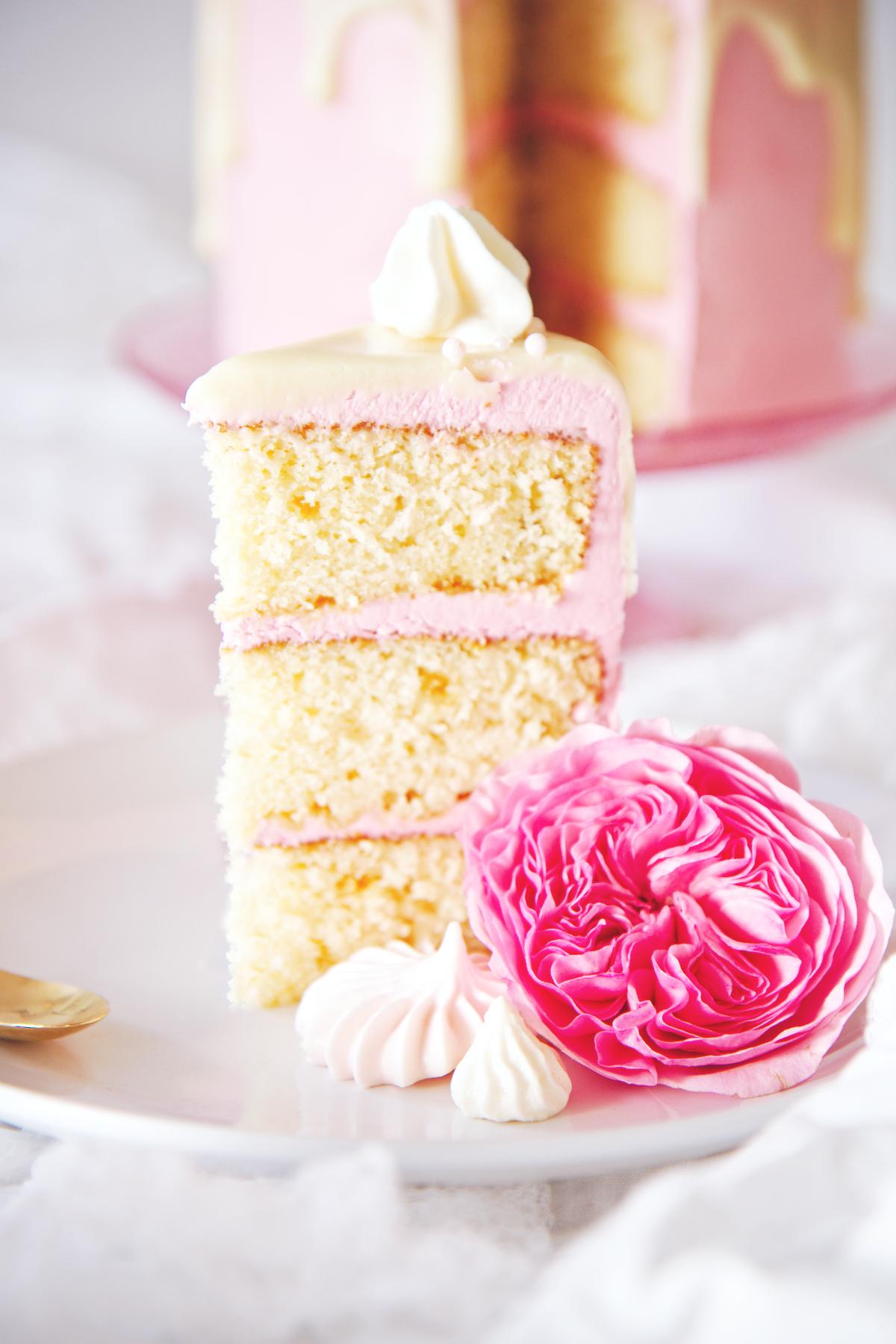 Ginger Malted Vanilla and Hibiscus Cake | La Pêche Fraîche