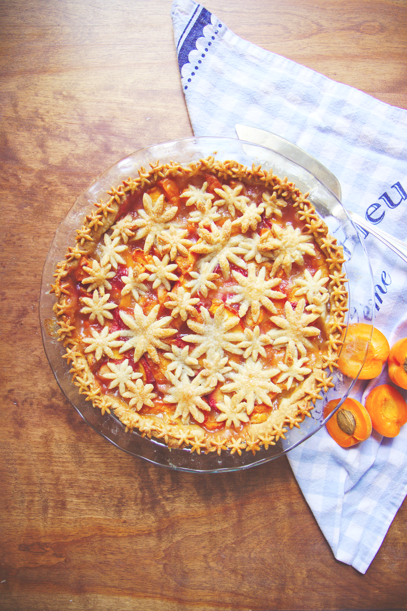Apricot Peach Pie | La Pêche Fraîche