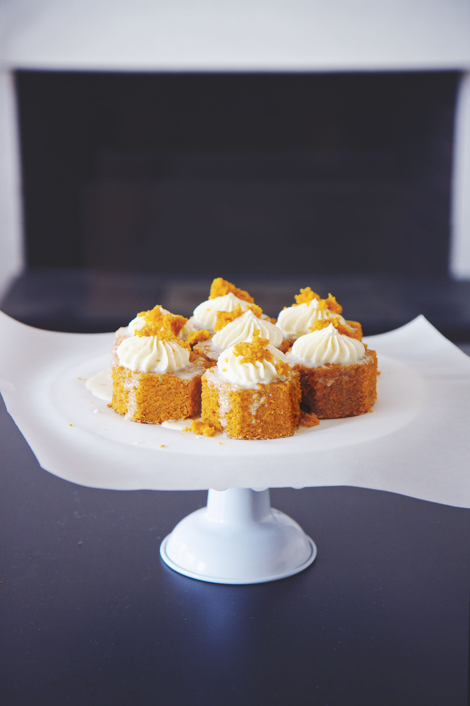 Pumpkin and Condensed Milk Cakes | La Pêche Fraîche