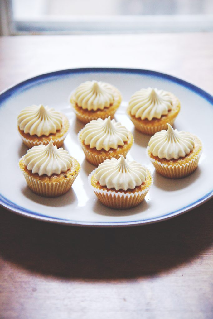 Brown Butter and Molasses Cupcakes | La Pêche Fraîche