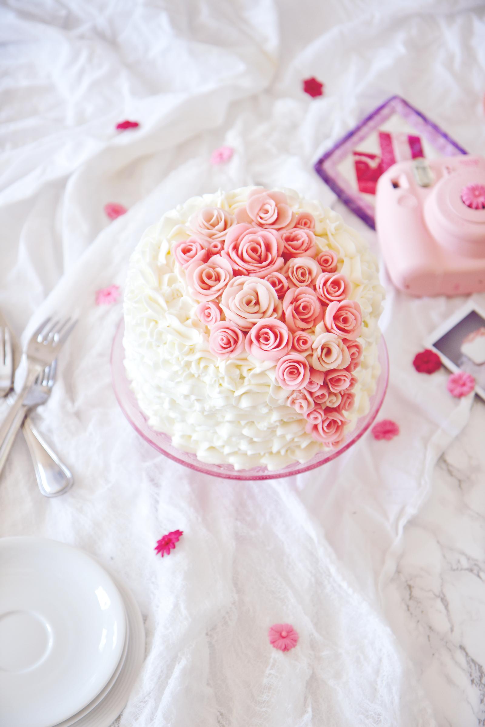 Princess Layer Cake | La Pêche Fraîche