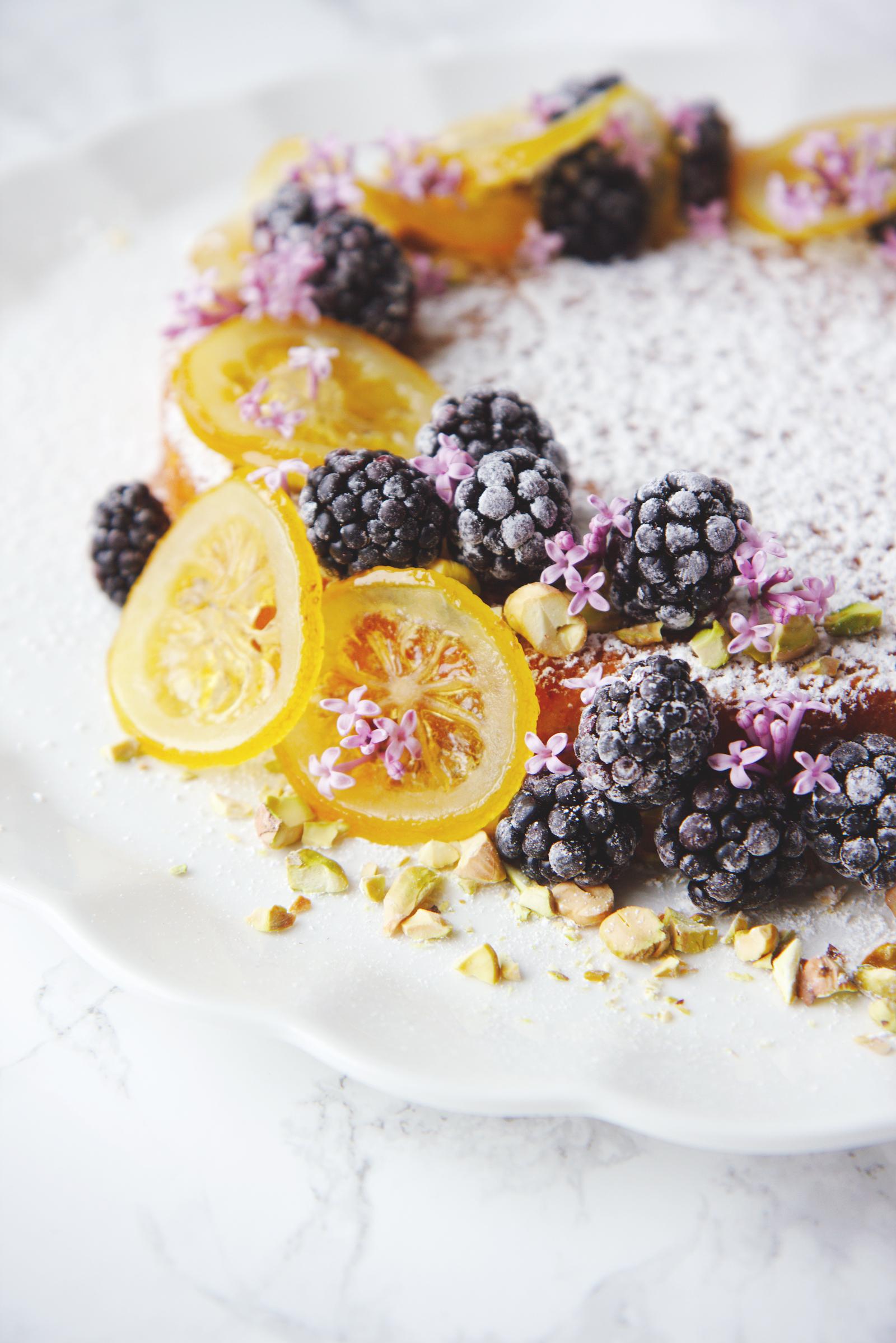 Dairy- and Gluten-Free Citrus Almond Cake | La Pêche Fraîche