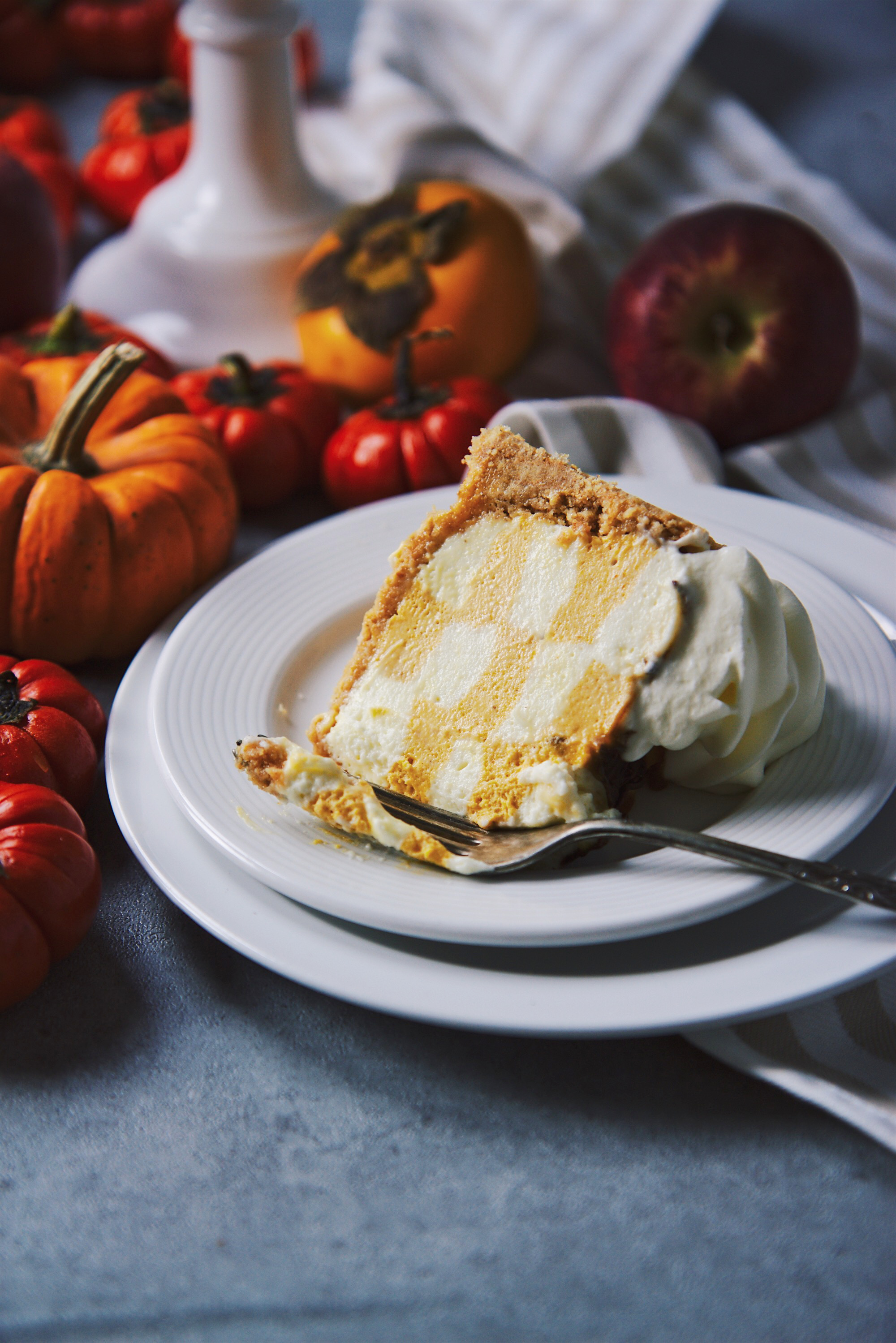 No-Bake Checkerboard Pumpkin Cheesecake | La Pêche Fraîche