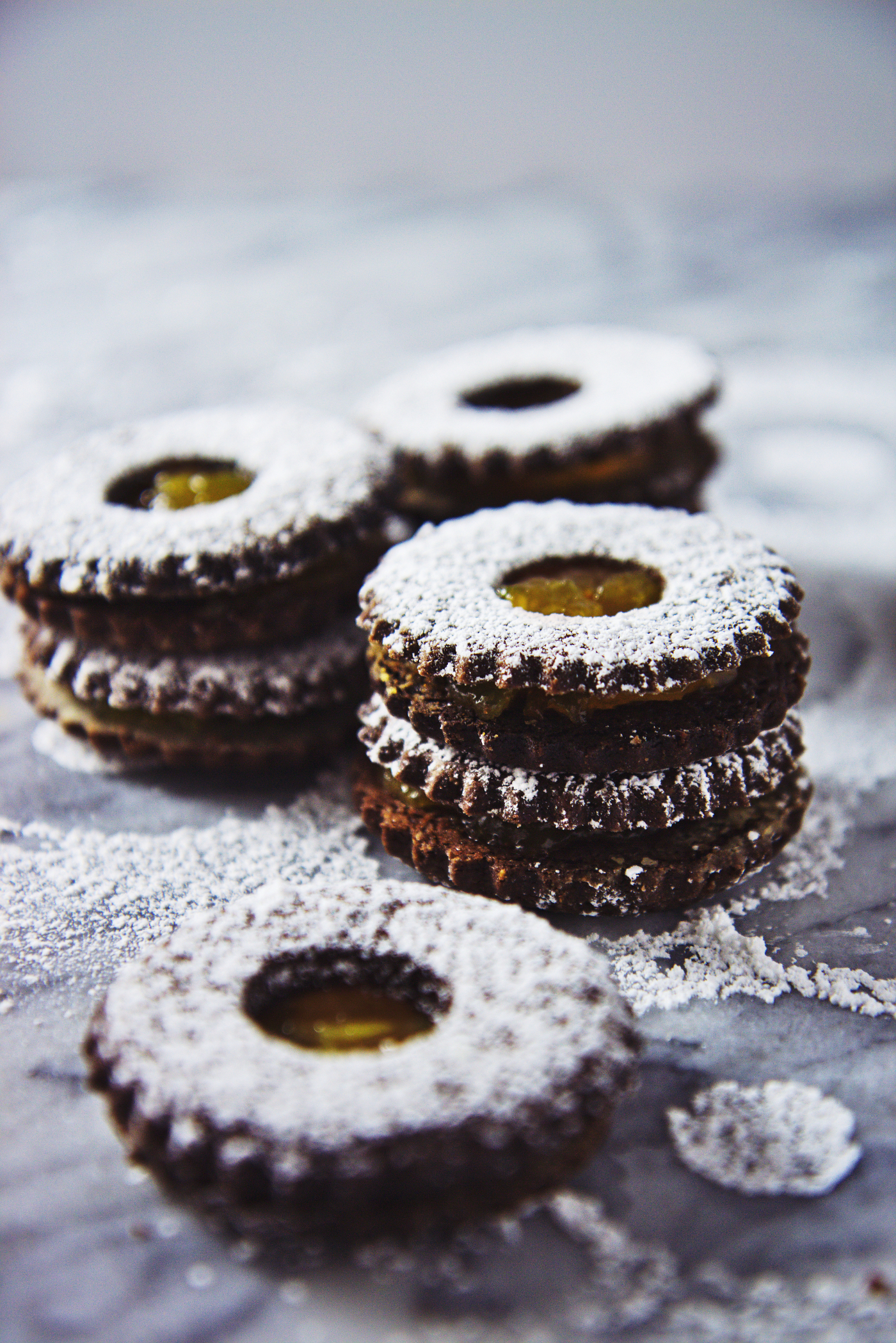 Chocolate Orange Linzer Cookies | La Pêche Fraîche
