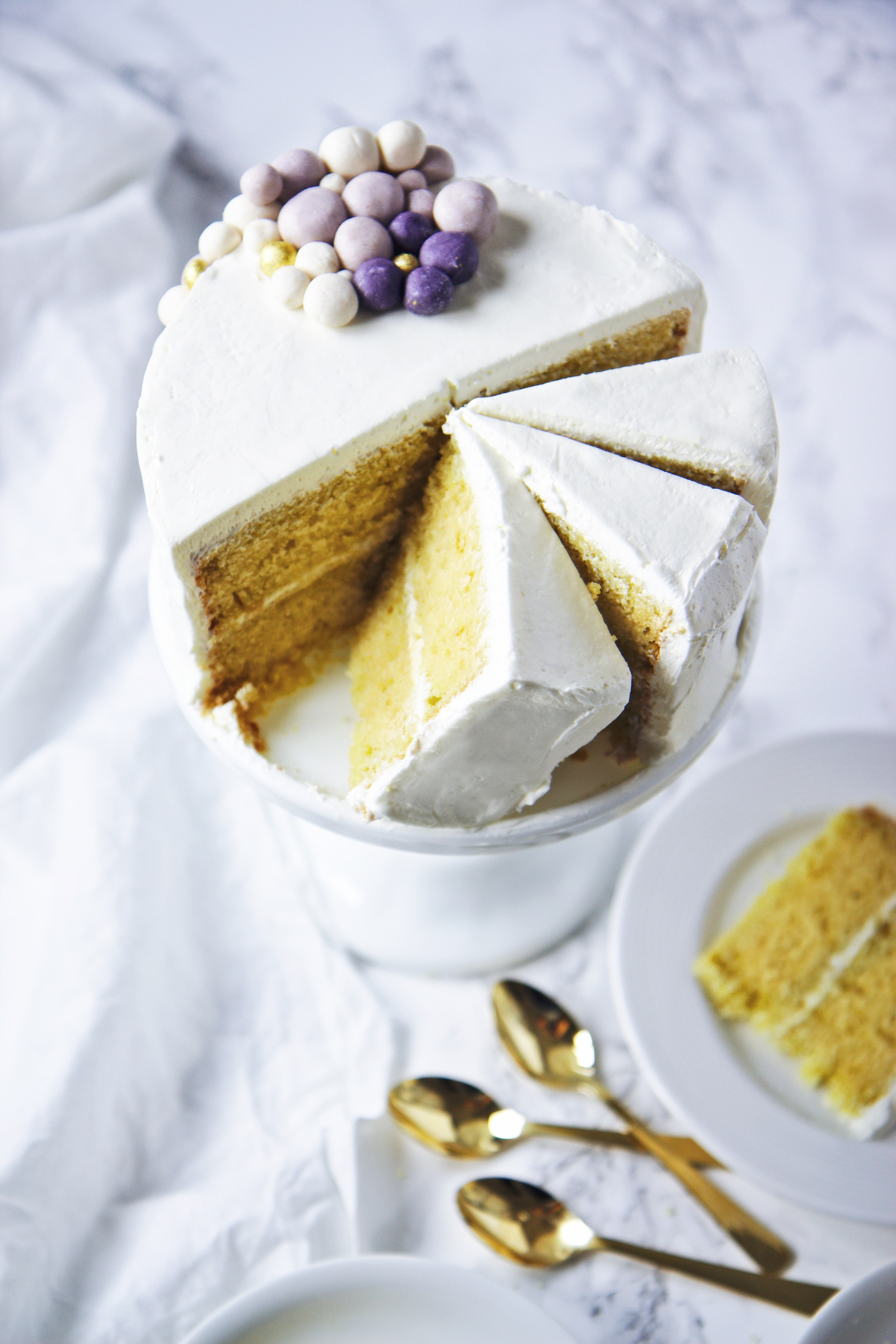 Lemon and Almond Cake | La Pêche Fraîche