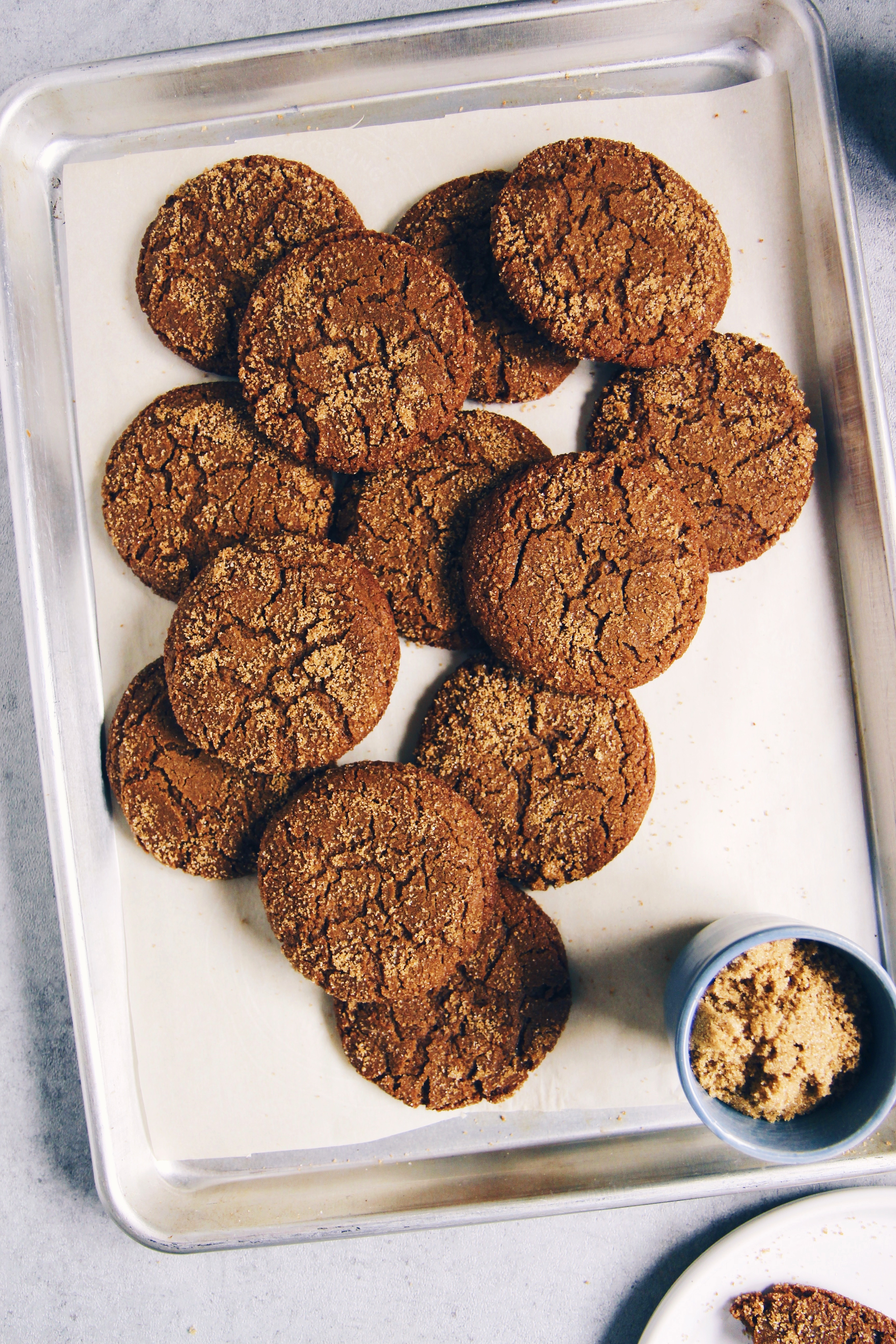 Brown Butter Molasses Cookies | La Pêche Fraîche