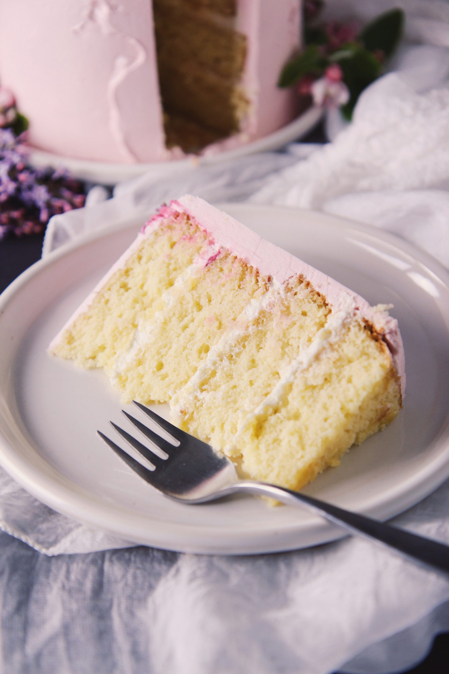 White Chocolate, Mascarpone, and Lemon Cake   La Pêche Fraîche